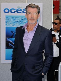 Pierce Brosnan and Fashion for Men Over 50 Casual Clothes For Men Over 50, Fashion For Men Over 50, Older Mens Fashion, 50 Fashion, Fashion Outfits, Fall Fashion, Fashion Ideas, Stylish Clothes, Fashion Styles