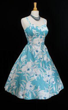 7656684b797 Vintage HAWAIIAN Full Skirt Dress Hawaiian Clothes