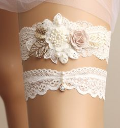 Hey, I found this really awesome Etsy listing at https://www.etsy.com/au/listing/251802887/wedding-garter-set-bridal-garter-set
