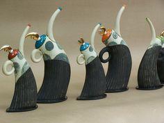 Hennie Meyer Teapots - assumed mid range