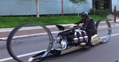 This TMC Dumont is a hubless chopper art bike with an airplane engine is a custom motorcycle designed by Tarso Marques concept in Brazil. Motorcycle Humor, Motorcycle Design, Motorcycle Outfit, Bobbers, Cafe Racers, Choppers, Auto Motor Sport, Aircraft Engine, Super Bikes