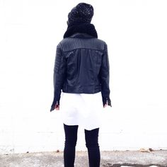 Black and white. Minimal. Styled by Fashionably.Fit