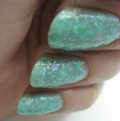 My favorite of the collection is Springs, which has large pastel and holo glitter plus small white glitter in a turquoise jelly base.