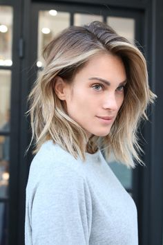 Stylist:Sal SalcedoSalon:Benjamin Arts DistrictWhat To Ask For: A one-length lob with tons of textur... - Photo: Courtesy of