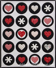 Valentine's Mini Circle Quilt by Ahhh...Quilting: pattern at Craftsy