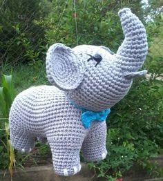 Owl Crochet Pattern Free, Crochet Doily Patterns, Amigurumi Patterns, Baby Blanket Crochet, Crochet Baby, Crochet Football, Crochet Flower Tutorial, Felt Toys, Crochet Animals