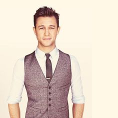 Could this man be any more handsome?! Joseph Gordon-Levitt :GQ July 2012