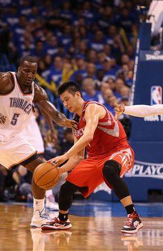 Jeremy Lin #7 of the Houston Rockets