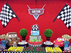 Risultati immagini per personalizados para scrap festa carros disney Disney Cars Party, Disney Cars Birthday, Car Themed Parties, Cars Birthday Parties, 3rd Birthday, Festa Nascar, Festa Hot Wheels, Race Car Party, Car Themes