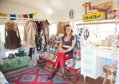 CartWheel's Jessica Rogers looks to the next pop-up frontier | Feature | The Pitch - LOVE the quilt covered couch!!!!