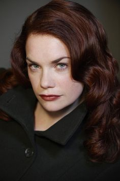 Ruth Wilson ~ Hottest crazy ginger EVER! lol I love her character Alice from Luther. I'm told she's getting her own show soon, can't wait! English Actresses, British Actresses, British Actors, Actors & Actresses, Ginger Jones, Little Dorrit, Ruth Wilson, Look At You, Beautiful Actresses