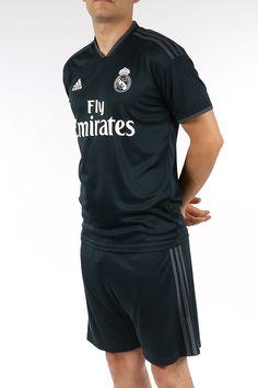 Camiseta segunda equipación Real Madrid de La Liga 2018 - 2019 - negra Tienda Real Madrid, Equipacion Real Madrid, Sport Wear, Classic, Sports, Mens Tops, How To Wear, T Shirt, Dress