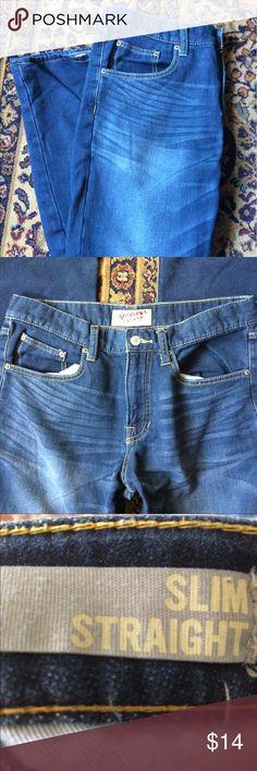 Arizona Slim Straight Jeans Soft Arizona Jeans- stretchy not stiff. Good as new! 32x32 Arizona Jean Company Jeans Slim Straight