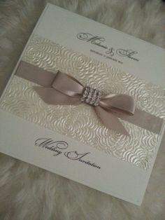 Elegant Crystal Bow Handmade Wedding Invitation Sample