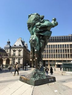 Sunshine in Lyon – living at the fullest Wow Products, Lyon, Statue Of Liberty, Sunshine, Travel, Statue Of Liberty Facts, Liberty Statue, Viajes, Traveling