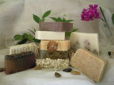 Srbiju volimo - Prirodni i mirišljavi - recepti za domaće sapune Organic Soap, Baby Cartoon, Baby Socks, Handmade Soaps, Peppermint, Packaging Design, Gift Wrapping, Pure Products, Vegan