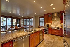 Like the layout of this kitchen