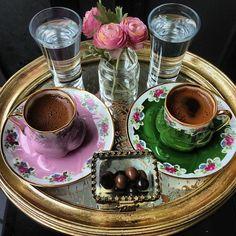 "lijanaa:""Good Morning tumbrl World***""Have a wonderful day Coffee Vs Tea, Coffee Girl, I Love Coffee, Coffee Cafe, Coffee Drinks, Coffee Lovers, Arabic Coffee, Turkish Coffee, Good Morning Coffee"