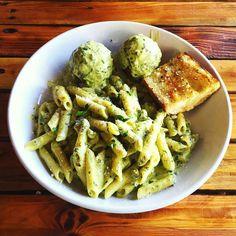 The Best Pesto ever had  #oggi #davisisland #italian #pesto #italianfood #italiancuisine  Repost from @tropicmel
