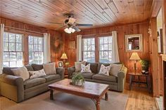 Cabin living room Best Knotty Pine Wood Walls Living Rooms 23 Ideas Separating The Good Weeds From T Knotty Pine Living Room, Knotty Pine Rooms, Knotty Pine Decor, Knotty Pine Kitchen, Wood Paneling Decor, Knotty Pine Paneling, Cedar Walls, Cottage Living Rooms, Cabin Interiors