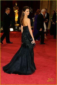 Penelope Cruz in Chanel (Oscars 2008)