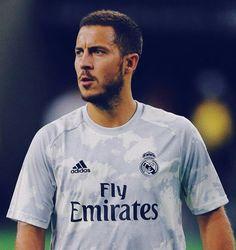 Hazard Real Madrid, Equipe Real Madrid, Eden Hazard, Soccer Players, Fifa, Chelsea, Football, Sports, Mens Tops