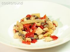 Petto di pollo all'ananas e pistacchio: Ricette di Cookaround | Cookaround Pollo Chicken, Fruit Salad, Pasta Salad, Sweets, Cooking, Ethnic Recipes, Food, Sweet Pastries, Fruit Salads
