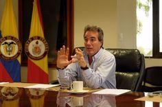 """""""En Colombia queremos la paz, la paz completa y fruto de consensos"""", Senador Samy Merheg"""