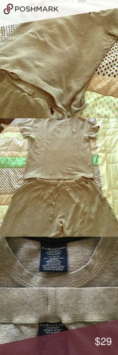 🔥Ralph Lauren Polo XL Thermal Pajama Set, EUC,💯! Men's XL Ralph Lauren Polo grey thermal material shorts and shirt sleepwear Pajama set. Really unique and in perfect condition. The XL is too big for me now but it's a smaller XL. Worn 3x. Drawstring waistband and nice and thick material. Polo by Ralph Lauren Pants Sweatpants & Joggers