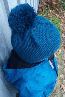 Tupsupipo ja taaperon kuvaamisen ihanuus Knit Patterns, Ravelry, Knitted Hats, Winter Hats, Knitting, Crochet, Children, Fashion, Knitting Patterns