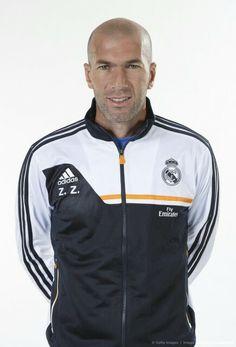 Zinedine Zidane - Oficial Portrait