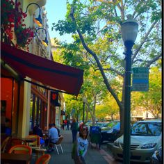 One of my favourite places in the Bay Area -University Avenue. Palo Alto.