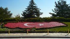 Bandera de Turkia - Mausuleo de Ataturk - Nov 5, 2015