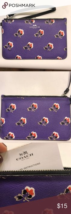 New coach wristlet NWOT Purple floral wristlet without tags never used, coach Coach Bags