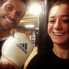 My first lesson ! With my daughter what a fight #boxe #boxer #withmylove #bordeaux #firstlesson