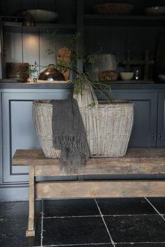 Cozy Kitchen, Kitchen Decor, Cosy Interior, Interior Design, Minimalist Living, Rustic Charm, Rustic Interiors, Outdoor Furniture, Outdoor Decor