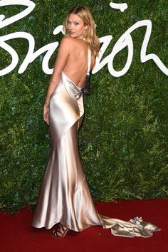 Karlie Kloss at the British Fashion Awards. See the best dressed celebrities here.