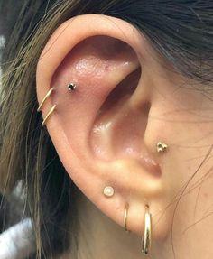 Diamond Hoop Earrings / Diamond Huggies / Solid Gold Huggie Earrings / Tiny Hoop Earrings / Diamond Hoop Earrings / Fine Jewelry *** The Earrings are sold as a pair. Star Earrings, Unique Earrings, Flower Earrings, Hoop Earrings, Cool Ear Piercings, Ear Jewelry, Fine Jewelry, Gold Jewelry, Jewlery