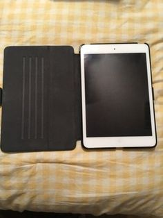 Apple iPad mini 1st Generation 16GB Wi-Fi  Cellular (Verizon) 7.9in - White