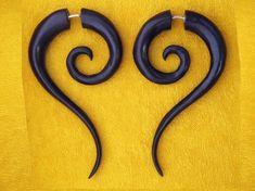 Sahara Spiral Tails - Black Wood Fake Gauges