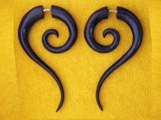 Sahara Spiral Tails - Black Wood Fake Gauges