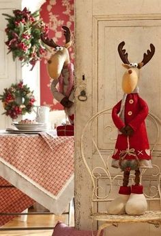 me ~ 55 Amazing Christmas DIY Crafts Design Ideas Christmas Moose, Christmas Sewing, Handmade Christmas, Christmas Crafts, Christmas Ornaments, Christmas Themes, Christmas Decorations, Holiday Decor, Christmas Holidays
