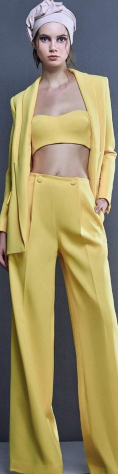 Canary Yellow Dress, Mellow Yellow, Color Yellow, Yellow Fashion, Shades Of Yellow, Fashion 2020, Fashion Pants, Pretty Dresses, Spring Fashion