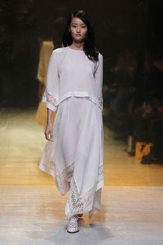 SS15 KAVIAR GAUCHE PARIS 9/24/2014 Mundo Fashion, Vogue, Ss 15, Designer, Cold Shoulder Dress, Dresses With Sleeves, Long Sleeve, Modern, Tops