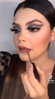 Soft Eye Makeup, Dramatic Eye Makeup, Makeup Eye Looks, Creative Makeup Looks, Glam Makeup, Makeup Brush Dupes, Magical Makeup, Makeup Makeover, Winter Makeup