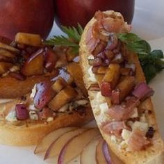Pear and Prosciutto Bruschetta - Allrecipes.com
