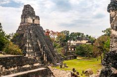 Tikal in Guatemala, la più estesa delle antiche città Maya. Piramidi di straordinaria grandezza e circa 200 templi, nel bel mezzo della giungla. Inserito nei Patrimoni dell'Umanità dall'UNESCO