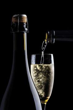 Bairrada Sparkling wine on Behance