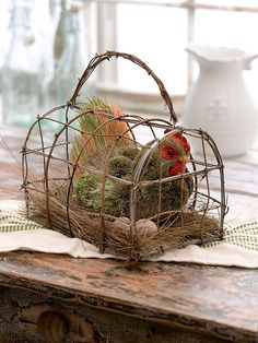 Roosting Hen in Basket - Country Style Decor   Gardeners.com