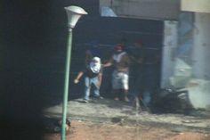 Otra Foto GNB junto a colectivos en #Palaima de mi camarografo @JuanR2000 fue despedido y nada de lo q se grabo salio